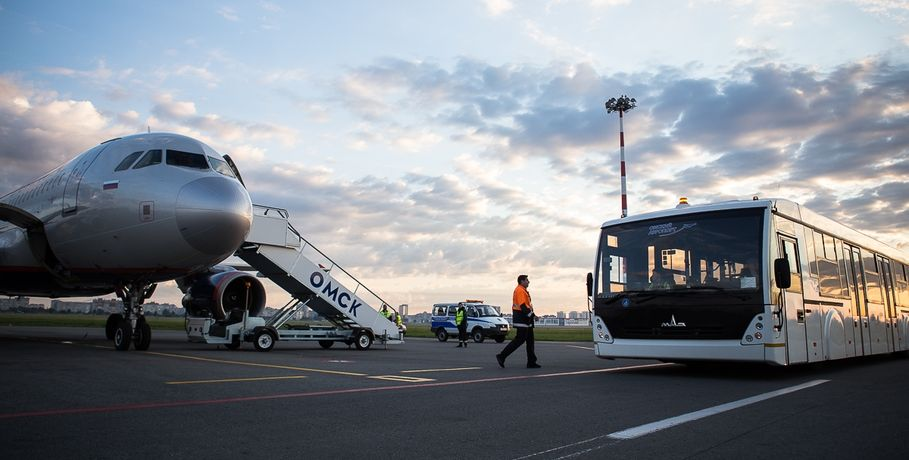 Вомском аэропорту впервый раз приземлился самолет «Омск»