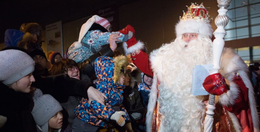 Захарова поведала, очем просила Деда Мороза вдетстве