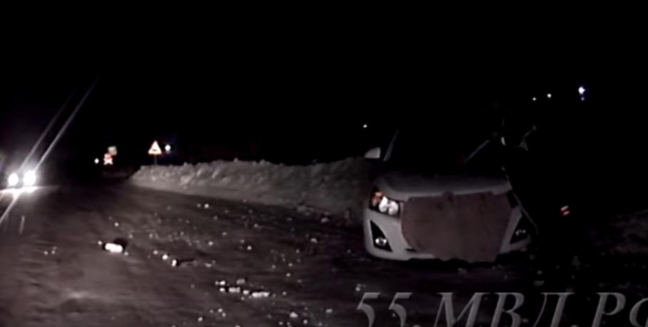 Гражданин области выпил и принял решение прокатиться поночному Омску