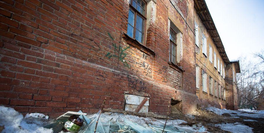Генпрокуратура требует снести рискованное сооружение вгороде Омске