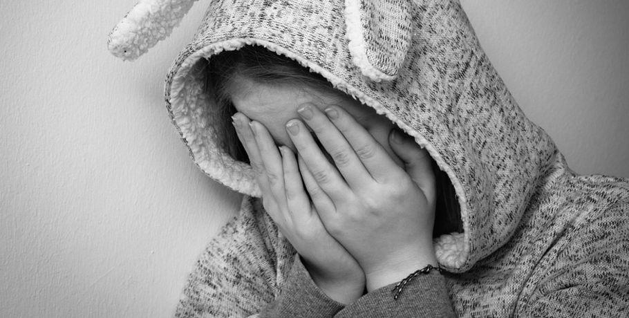 Жительница Омской области наулице избила 8-летнюю дочь