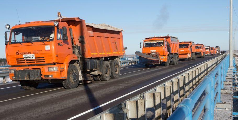 Впаводок большегрузам запретят ездить потрассам Омской области