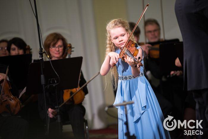 Скрипка от Спивакова и комплименты от Башмета: как юные сибирские музыканты покоряют международные сцены