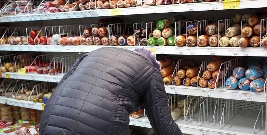 Уомской сети магазинов «Курляндия» арестовали автомобили иоборудование на22 млн.