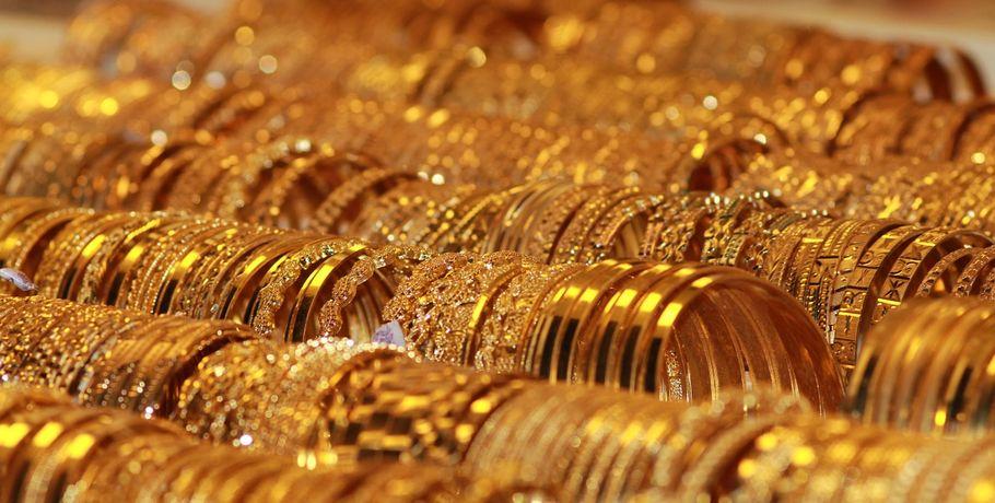 ВОмске студентка отдала мошеннице золото на60 тыс. за«снятие порчи»