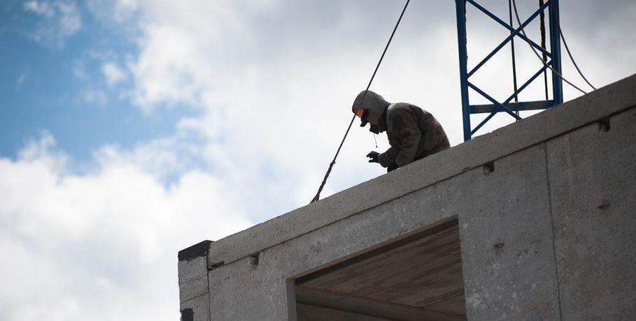 Омские строительные компании задолжали своим работникам 14 млн руб.