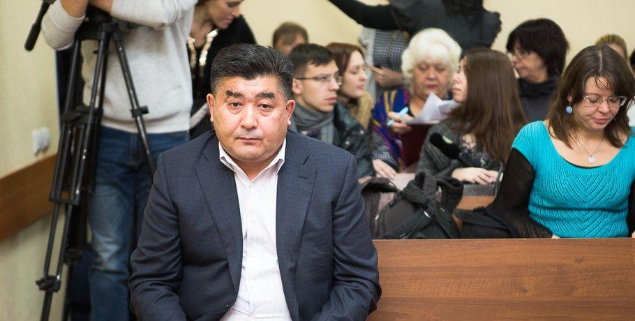 Долги омского депутата Шушубаева продали втрое дороже начальной цены