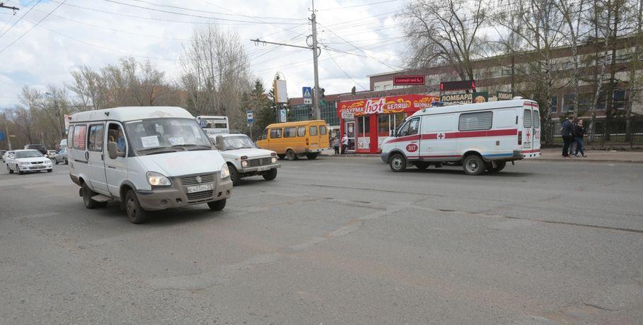 Омича отправили зарешетку заугон машины скорой помощи