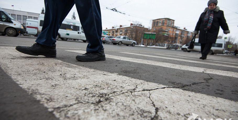ВОмске дорожную разметку начали наносить сцентра города