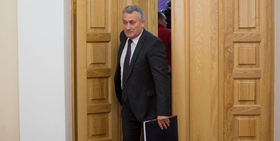 Омский губернатор подписал объявление оботставке Станислава Гребенщикова