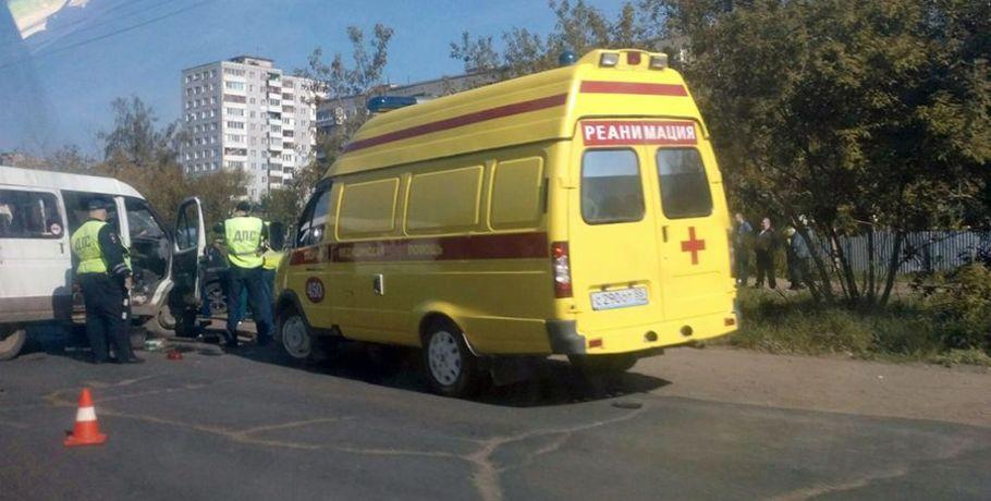 ВОмской области вДТП пострадали шесть человек