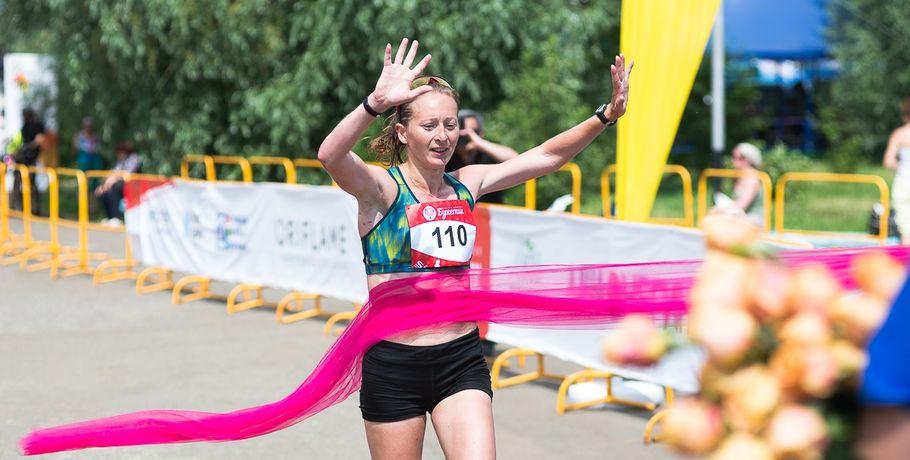 Победительницей Цветочного забега вОмске вновь стала Марина Ковалева