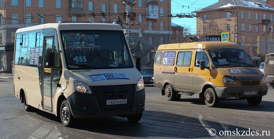 ВОмске пассажир разбил голову шоферу маршрутки