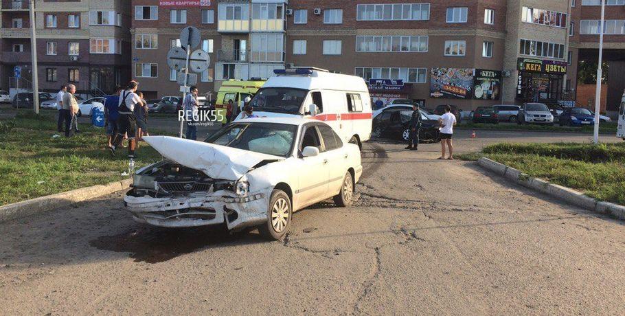 В Омске 7 человек пострадали в ДТП на улице Ватутина