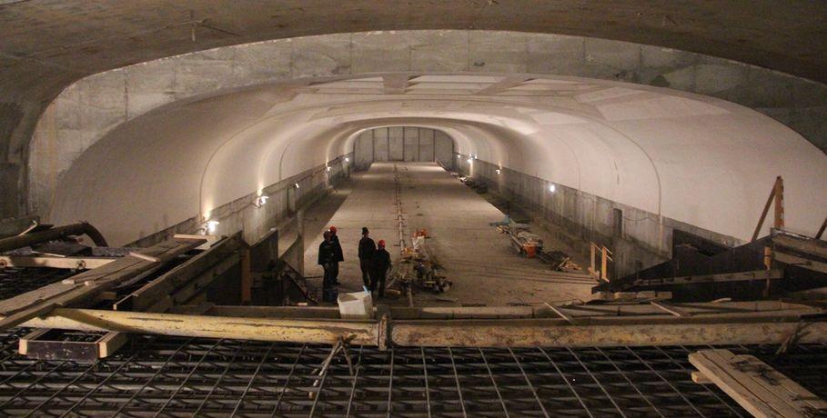 Строившееся 26 лет метро в Омске решили засыпать песком