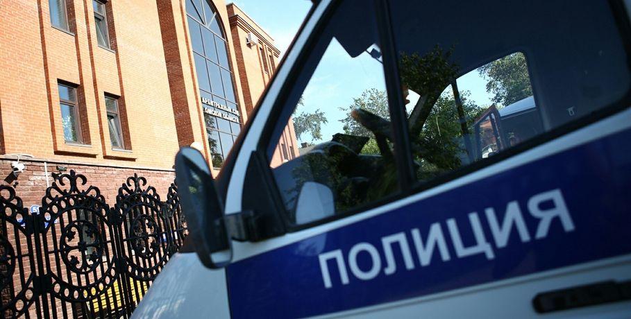 ВОмской области автоугонщик застрял вгрязи при побеге от милиции
