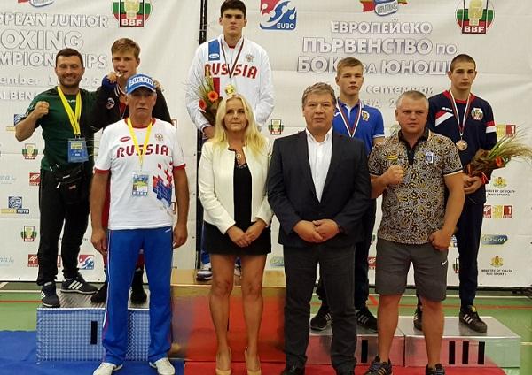 Первенство Европы побоксу вБолгарии одержал победу омич