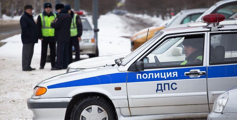 ВОмской области нетрезвый  шофёр  большегруза врезался виномарку