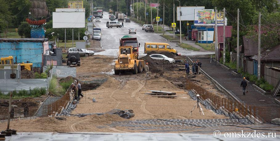 ВОмской области завершили укладку асфальта доснегопадов