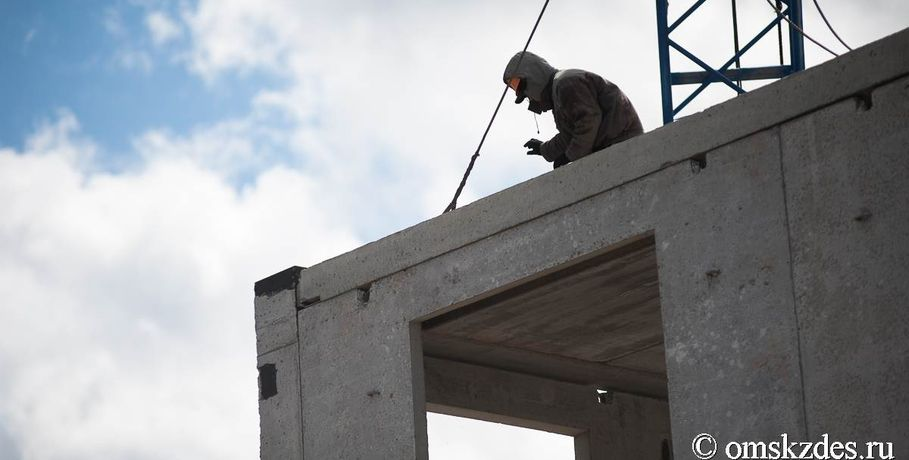 Генпрокуратура потребовала отомского руководства разобраться сдолгостроями