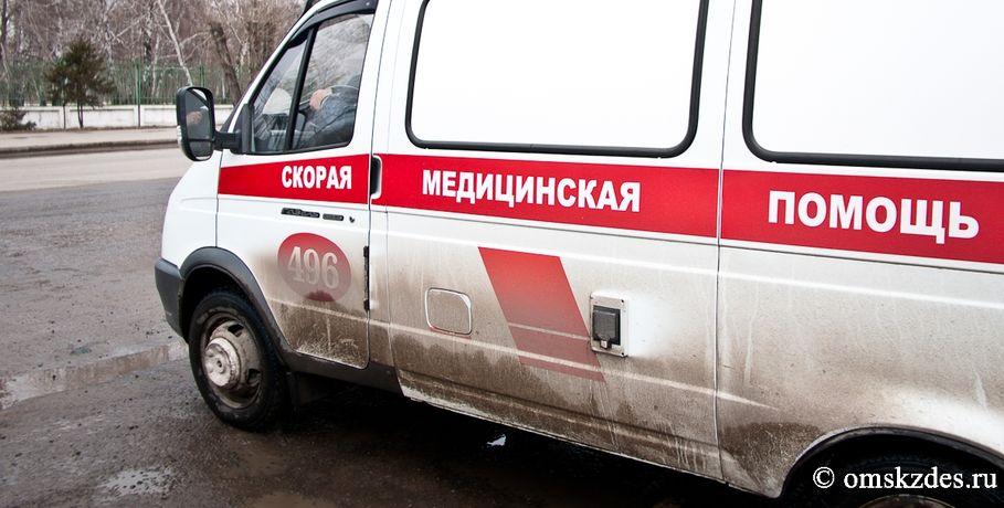 Под Омском умер 23-летний шофёр иномарки, угодившей под «КамАЗ»