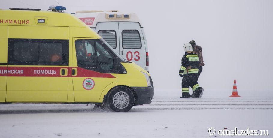 ВОмске вДТП погибли мужчина идевочка