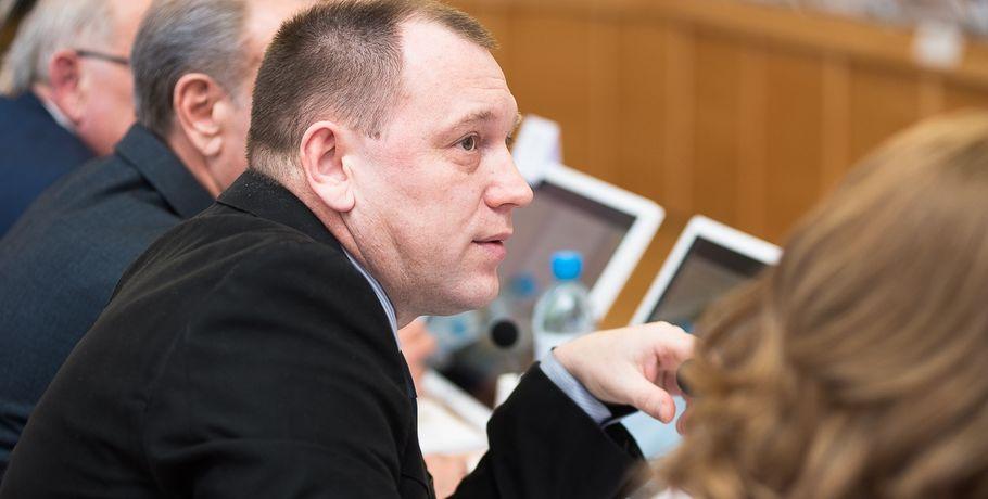 Депутат Ложкин получит млн изомского бюджета