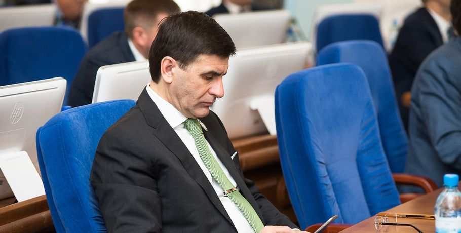 «Газпром» и«Роснефть» померятся кошельками