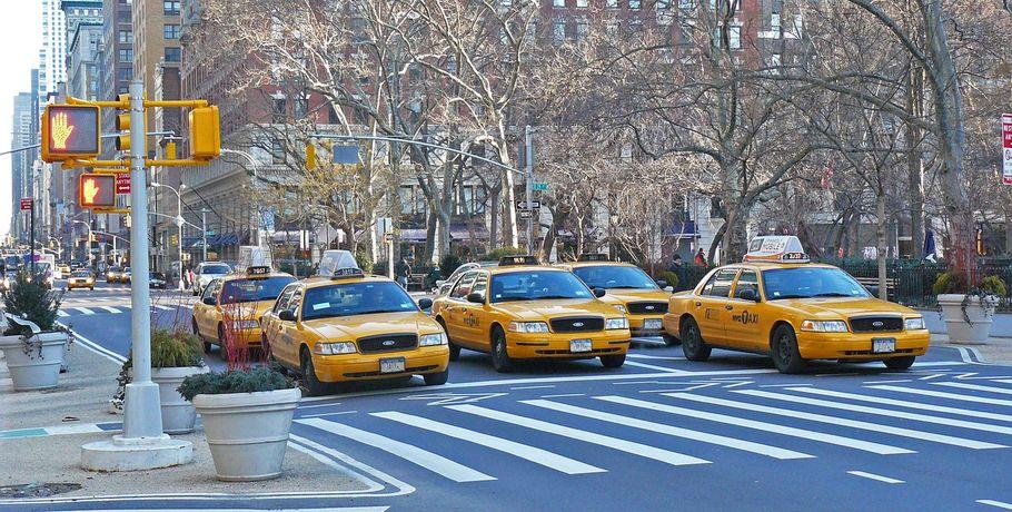 В Омске таксисты крадут телефоны пассажиров