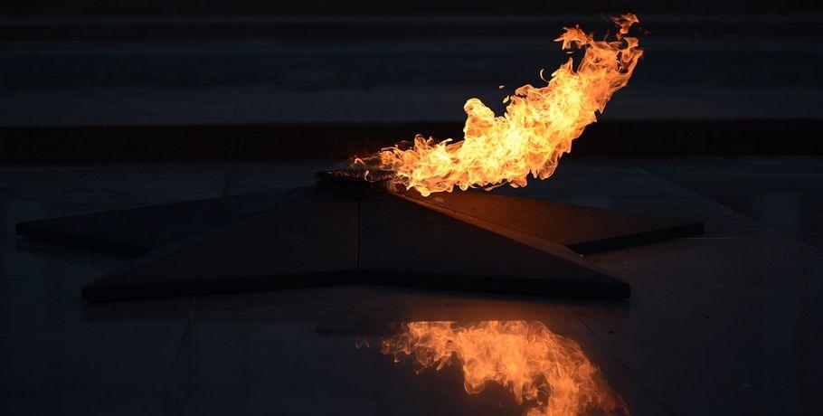 Омская школьница пожарила крабовые палочки на извечном  огне