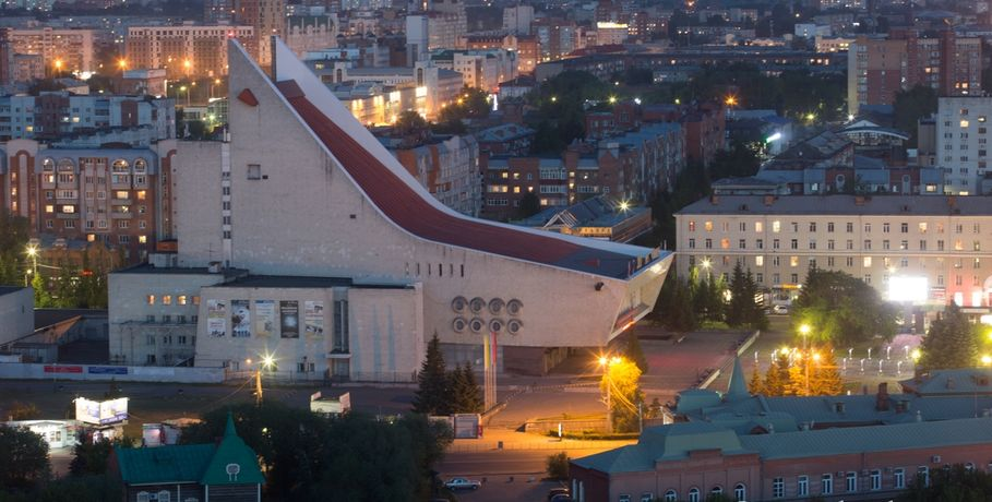 Омский музыкальный театр оштрафовали заугрозу безопасности полетов авиации