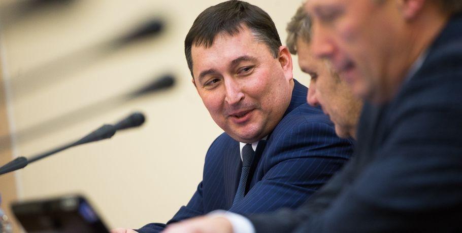 Омская область занимает еще 11 млрд.