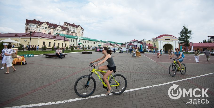 "В Омске финиширует автопробег ""Путь Ермака"""