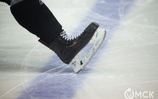 Ночью во время хоккейного матча умер 54-летний омич