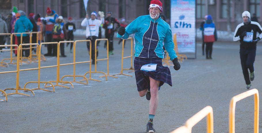 Известный шотландский спортсмен пробежит зимний марафон в Омске #Спорт #Новости