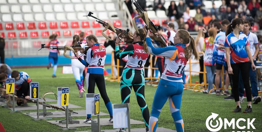 Известные биатлонисты оценили мастерство омских спортсменов #Спорт #Новости