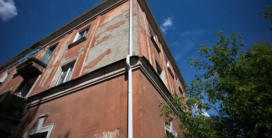 Дома на центральных улицах Омска подкрасят к приезду глав России и Казахстана