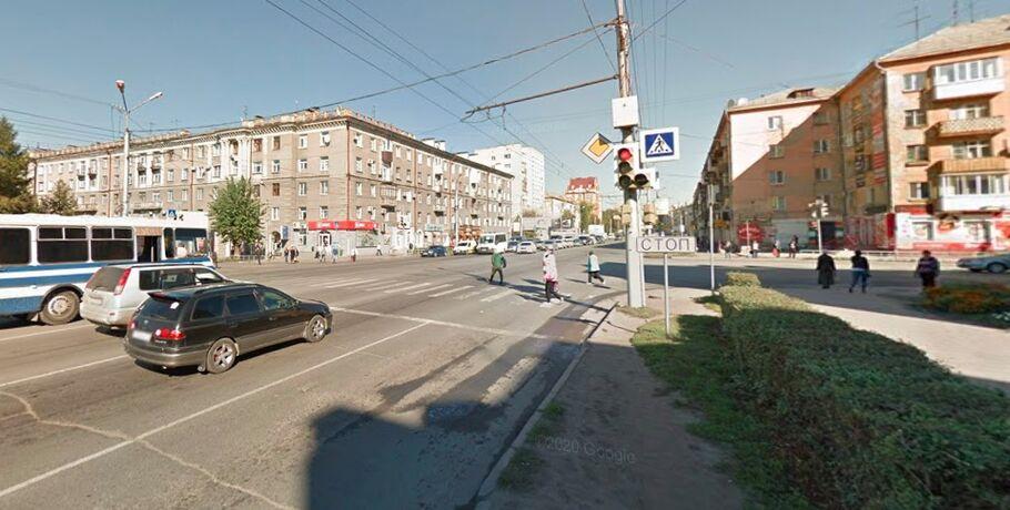 На аварийном перекрёстке Омска сменили схему движения