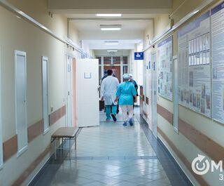 Почти 200 новых больных коронавирусом выявили в Омской области