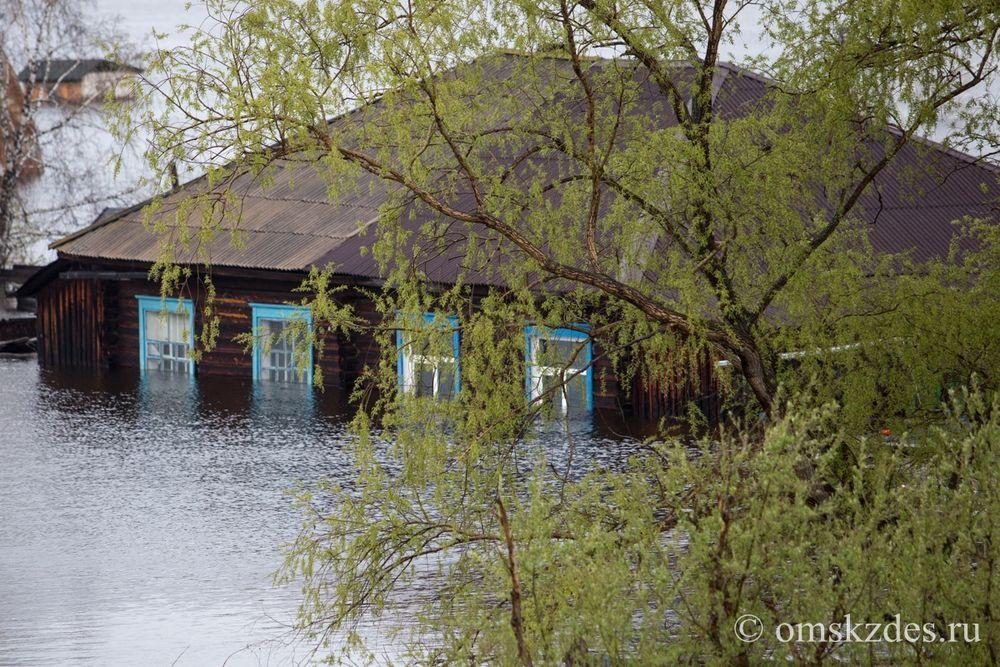 Усть-Ишим. Дома на улице Водников, подтопленные в результате сильного разлива Иртыша и Ишима