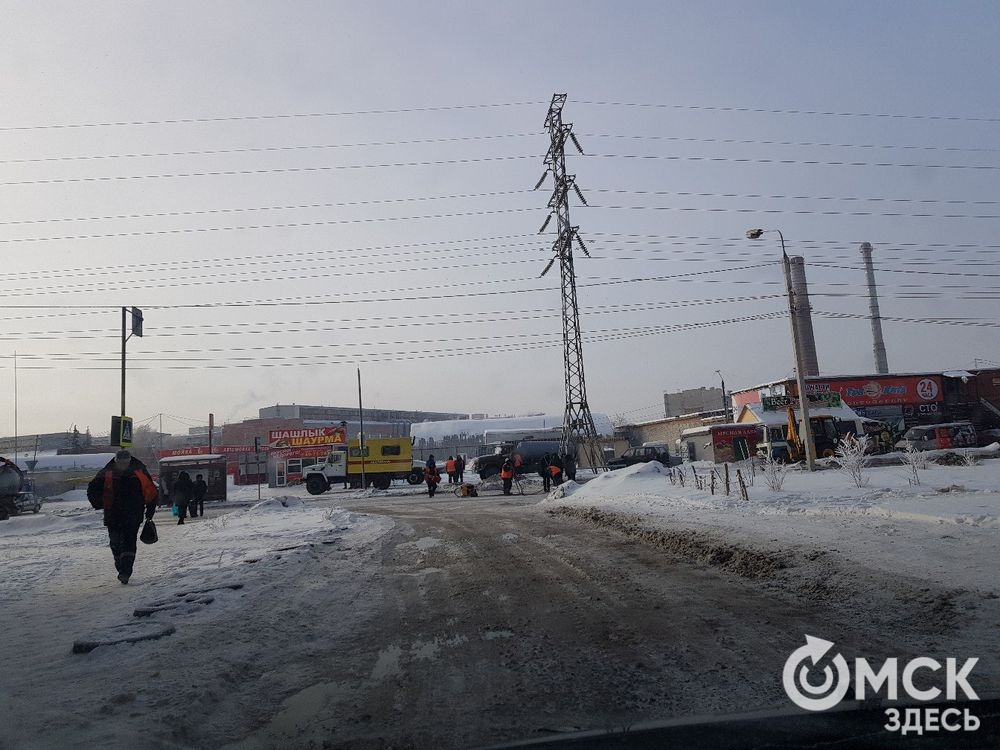 Коммунальная авария вОмске: затопило улицы Красный Пахарь и5 Северная
